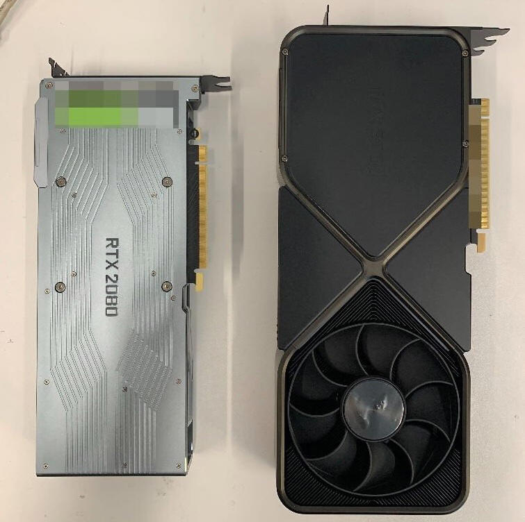 NVIDIA GeForce RTX 3090 Founders Edition na zdjęciach